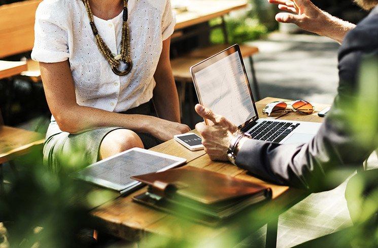 Concevoir le design biophilique de votre entreprise, une étape primordiale impliquant l'analyse de toute une organisation.